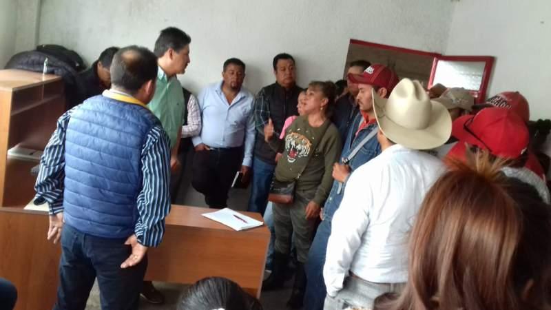 Habitantes de Contepec, Michoacán dan seguimiento al cumplimiento de sus demandas
