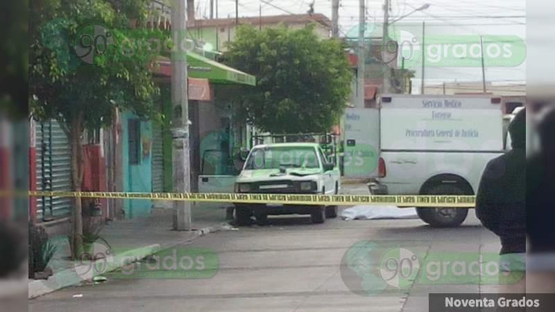 Matan a sujeto y lesionan a su bebé en Celaya, Guanajuato