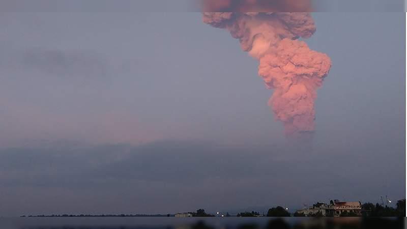 Se registra nueva explosión del volcán Popocatépetl