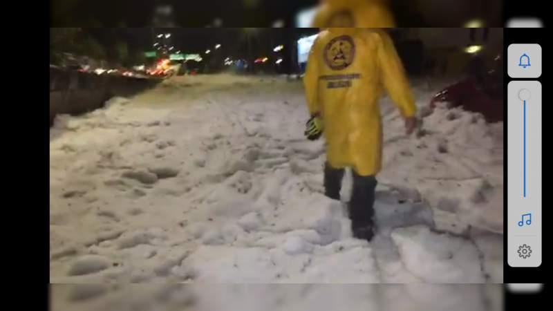Tras fuerte granizada, Guadalajara amanece bajo la nieve