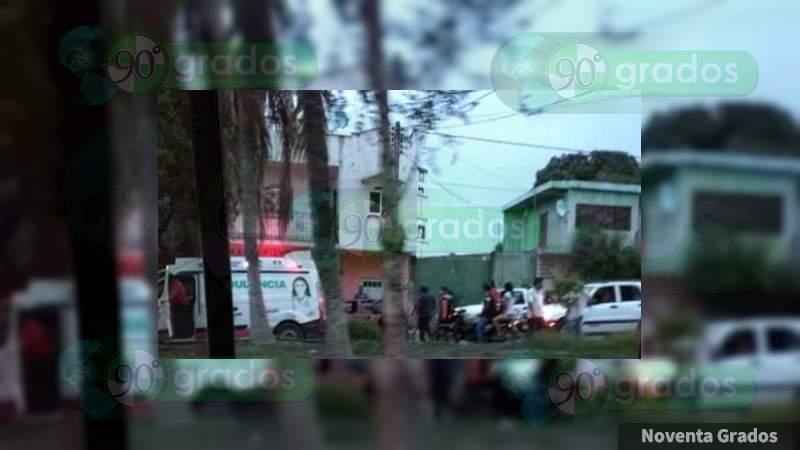 Balean a padre e hija, el hombre murio y la joven salio herida en Apatzingán, Michoacán