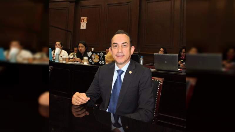 En política exterior, más que soberano México es obediente ante Estados Unidos: Antonio Soto