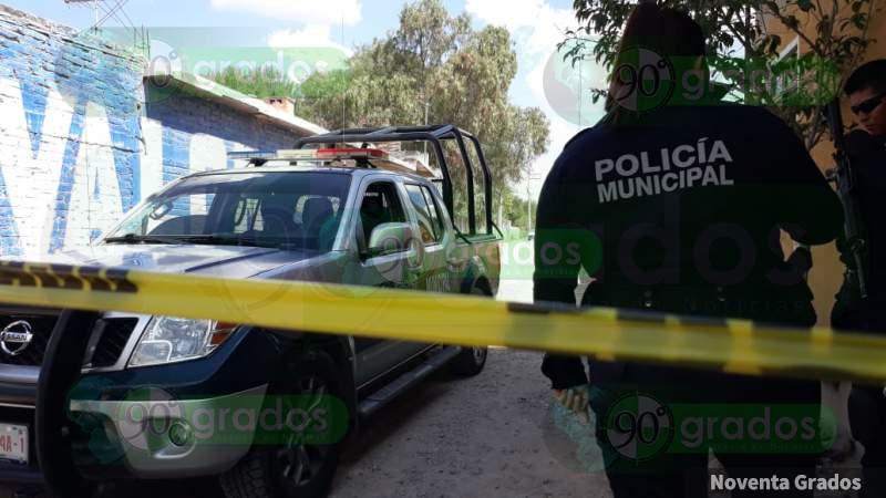 Someten a persona y roban más de 10 vehículos en Zapopan, Jalisco