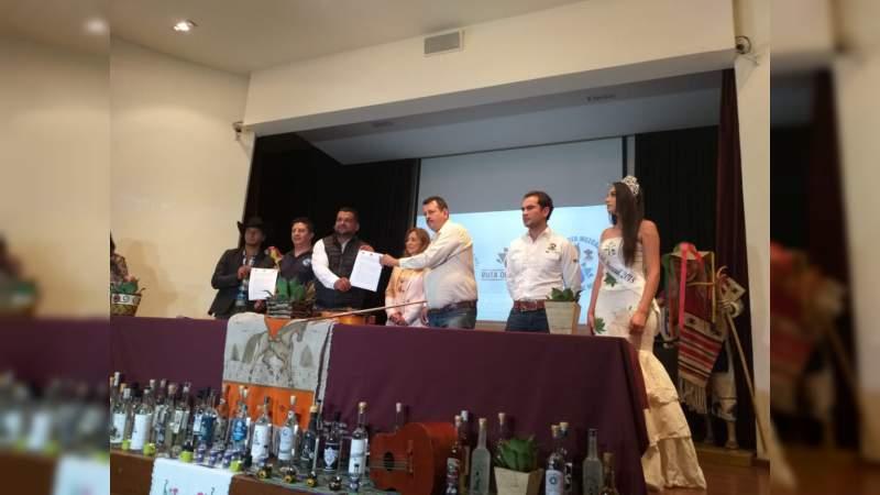 Cabalgata por la Ruta del Mezcal Michoacano, para aumentar y posicionar productos turísticos del estado