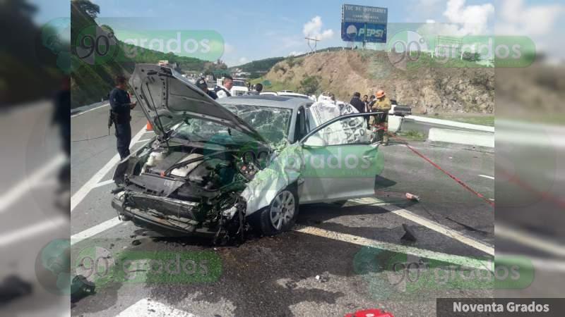 Muere la síndico de Tonalá, al volcar su vehículo en la carretera Salamanca-Morelia