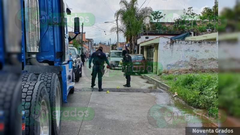 Ultiman a balazos a un joven en Zamora, Michoacán