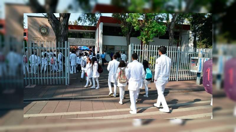 De comunidades indígenas, casi el 15% de estudiantes en la Facultad de Medicina de la UMSNH