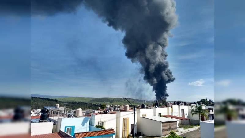 Se activó el Plan DN3 para apagar el fuego de Ciudad Industrial en Morelia, Michoacán