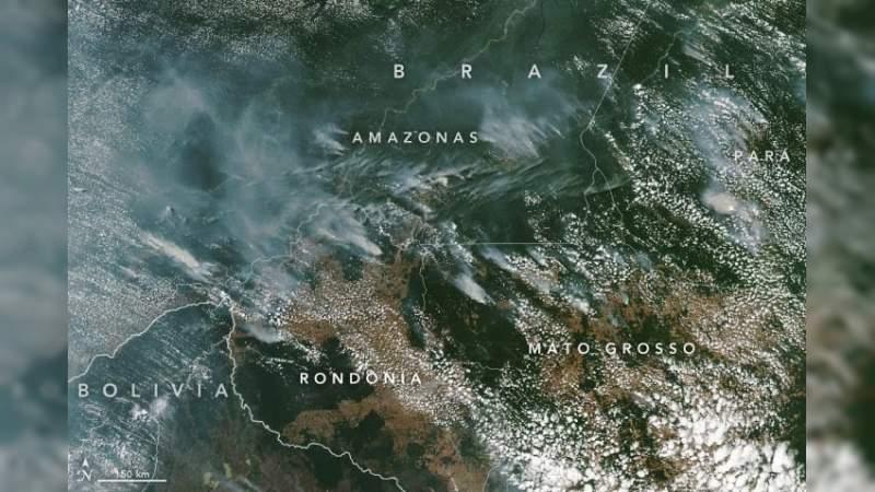 La NASA compartió una imagen satelital del incendio en el Amazonas