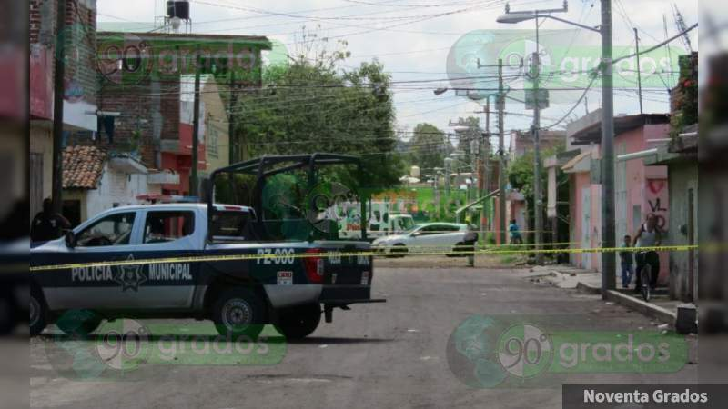 Muere joven cuando ingresaba a hospital en Zamora, Michoacán