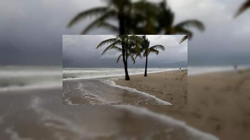 Declaran emergencia en Florida, por la llegada del huracán Dorian