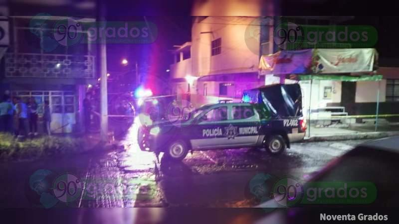 Mujer es atacada a balazos en Zamora, Michoacán