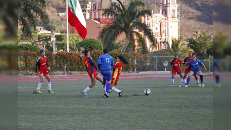 Michoacán, a tres días de iniciar torneo estatal de futbol, con miras a XX Espartaqueada Deportiva Nacional