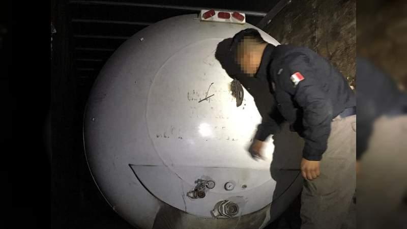 Localizan túnel para robar combustible en Ecatepec