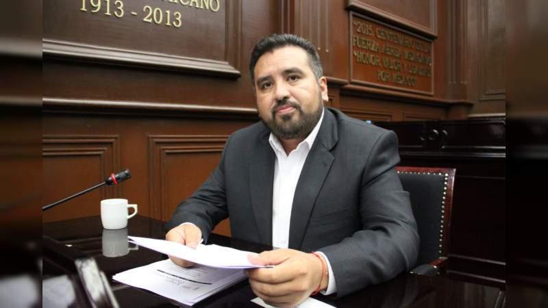 En Michoacán se debe cristalizar Ley de Remuneraciones este año: Erik Juárez