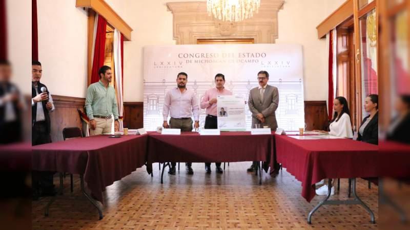 Impulsa Ernesto Núñez programa de consultas médicas a bajo costo