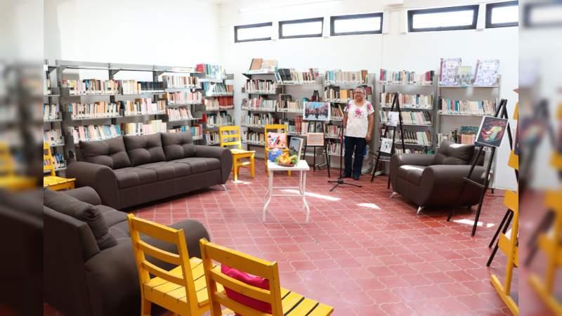 La Biblioteca Pública Benito Juárez de Apatzingán reabre sus puertas