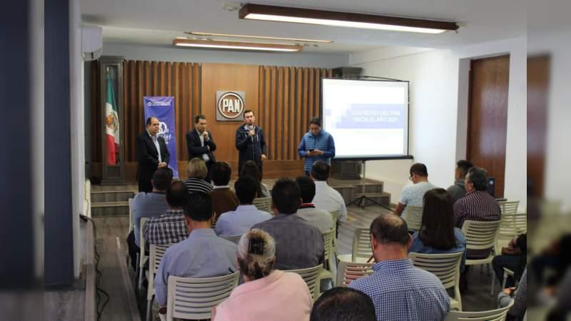 Imparte Javier Brown conferencia Los Retos del PAN hacia 2021