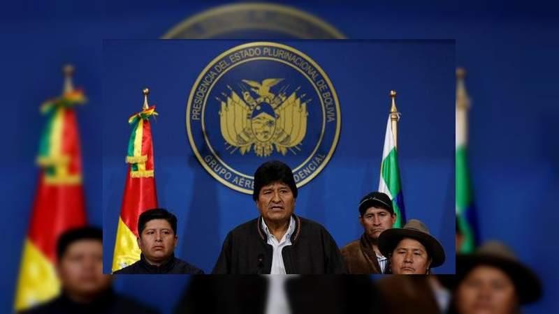 """Gobierno de México sugiere a Evo Morales hacerse """"refugiado"""" para que no lo extraditen"""