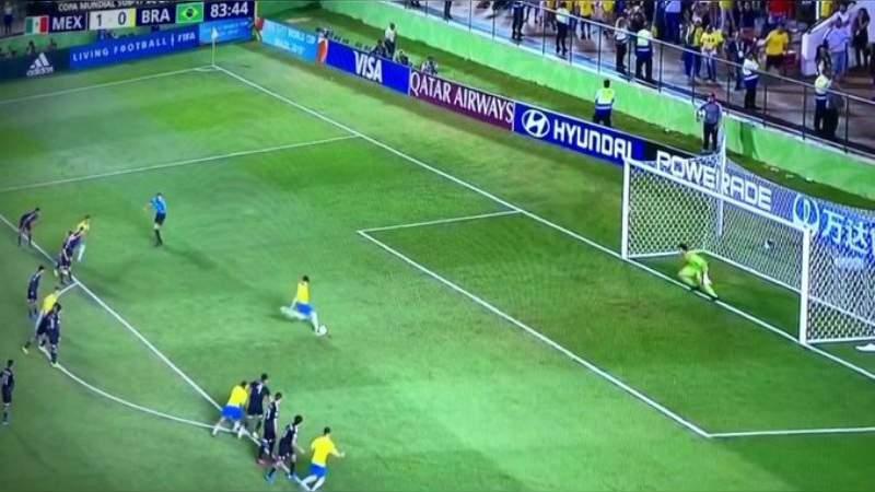 Sub 17 llega a la final con Brasil y pierde 2 - 1 por polémico penal