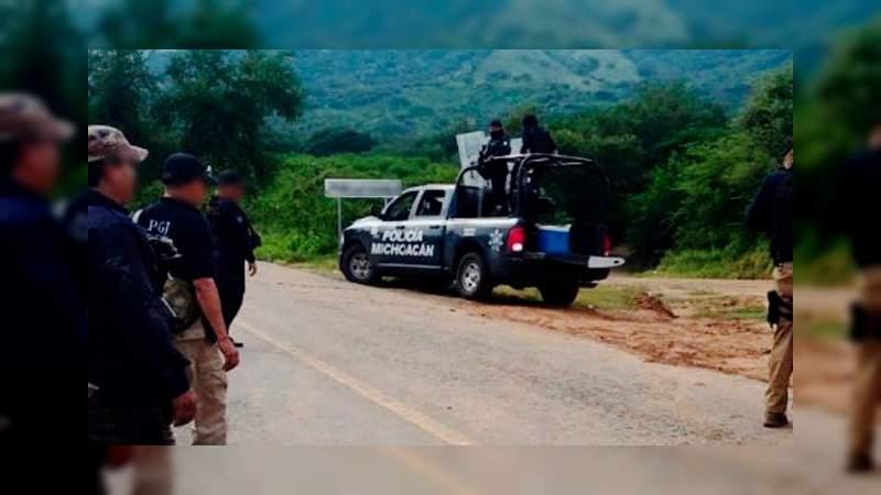 Persecución policial deja dos uniformados heridos, se cayeron de la patrulla en Tzintzuntzan, Michoacán
