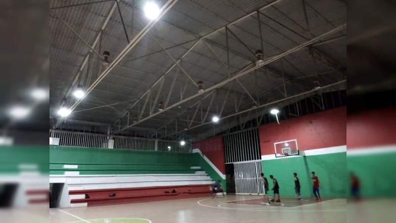 Oídos sordos al deporte en Apatzingán, Michoacán