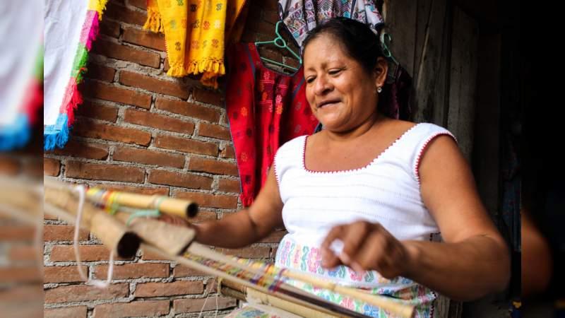 Con la participación de 35 expositores inicia la Expo Indígena en Lázaro Cárdenas, Michoacán