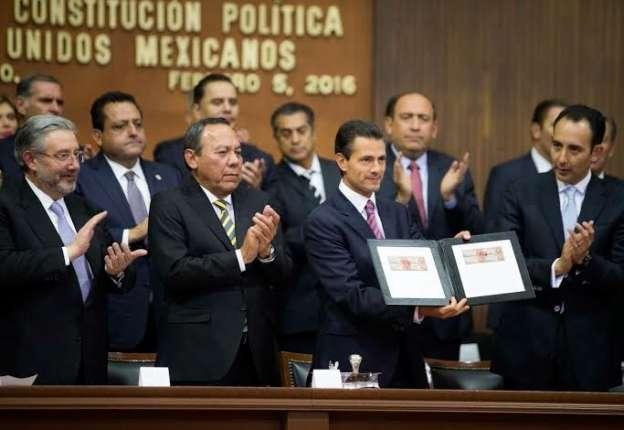 Constitución, vigente y pilar de las instituciones democráticas, destaca Enrique Peña Nieto
