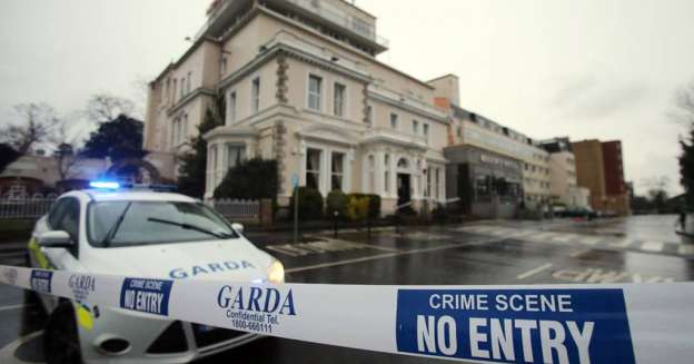(Vídeo) Un muerto y dos heridos graves en tiroteo en hotel de Dublín, Irlanda