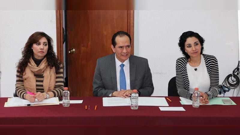Reciben magistrados del TEEM a integrantes delConcejo Comunal de Comachuén