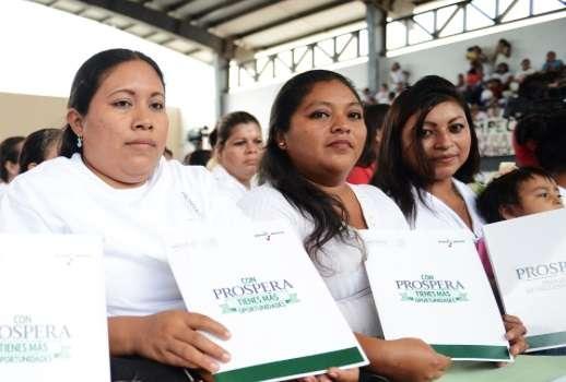 Destaca Sedesol apoyo a más de 13 millones de mujeres