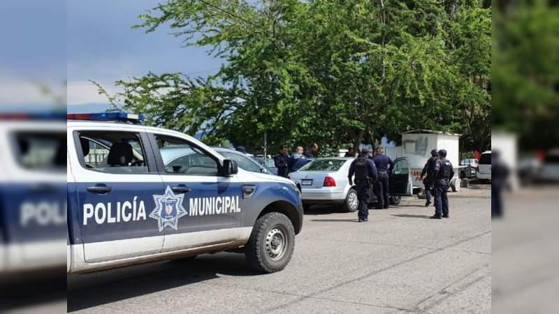 Con más de 100 balazos, matan a una pareja en calles de Acapulco, Guerrero