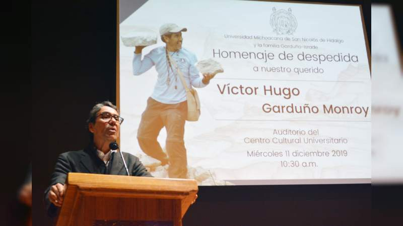 Rinde UMSNH homenaje póstumo a Víctor Hugo Gardño Monroy