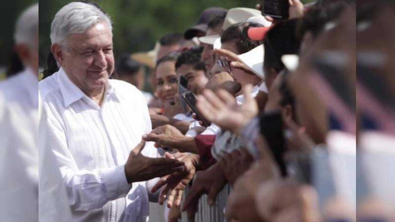 No bajará costo de la luz, por crisis heredada en la CFE: López Obrador