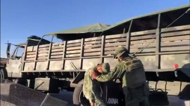 Vuelca camión militar en Puebla; hay varios heridos
