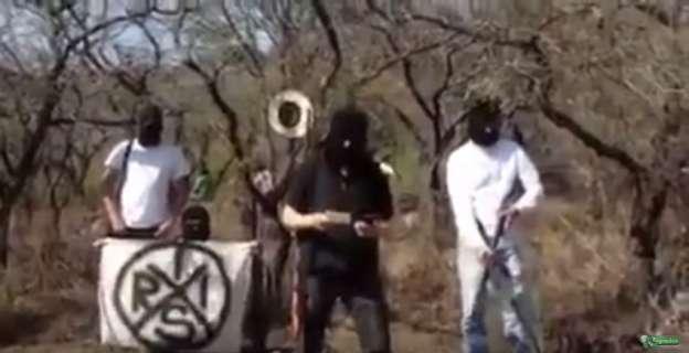 VIDEO: Grupo armado emite mensaje al Gobernador y Procurador de Michoacán