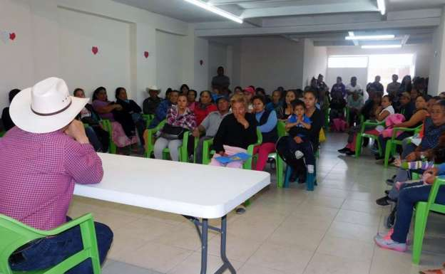 Atiende pliego petitorio de colonias, la Comisión de Desarrollo Urbano y Obras Públicas de Morelia