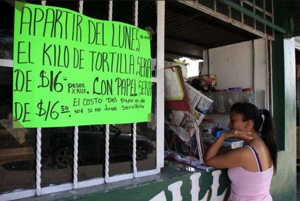 Se eleva el precio de la tortilla; hasta 16 pesos por kilo