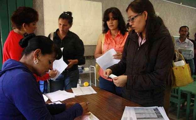 Prohibido cobro de cuotas para preinscripciones, señala la Secretaría de Educación en Michoacán