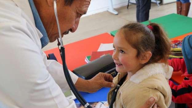 Atiende DIF Morelia a habitantes de Loma Caliente en Tercera Feria de Salud