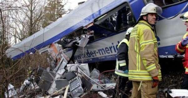 Choque de trenes en Alemania deja 18 muertos y más de 80 lesionados