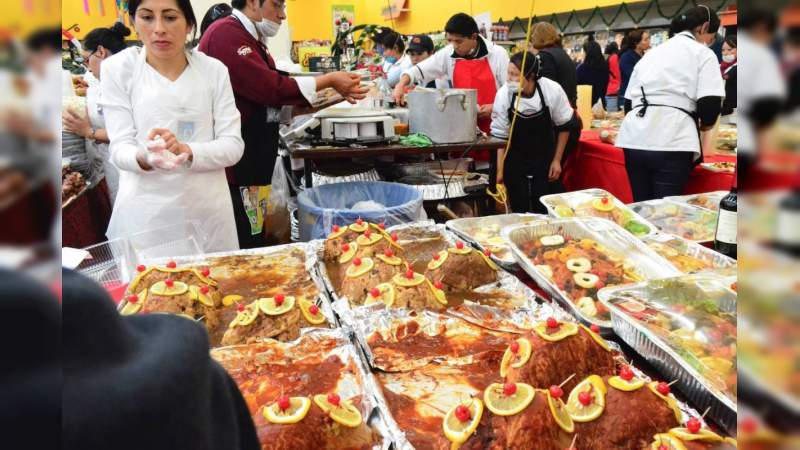 Cenas de Año Nuevo incrementan su costo hasta un 41%