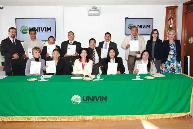 Se titulan 11 alumnos de la primera generación de la Licenciatura en Seguridad Pública, en Michoacán