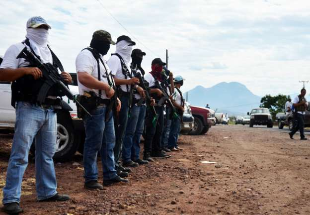 11 de febrero, fecha límite para desmovilización de autodefensas en Michoacán