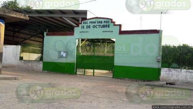 Sustraen casi 100 mil pesos durante robo a primaria en Lázaro Cárdenas