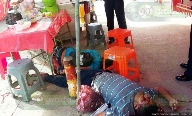 Ejecutan a dos personas en puesto de tacos en Acapulco, Guerrero