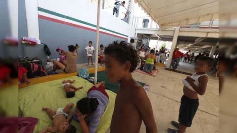 AMLO negó cerrar paso a estaciones migratorias; INM permanece cerrado