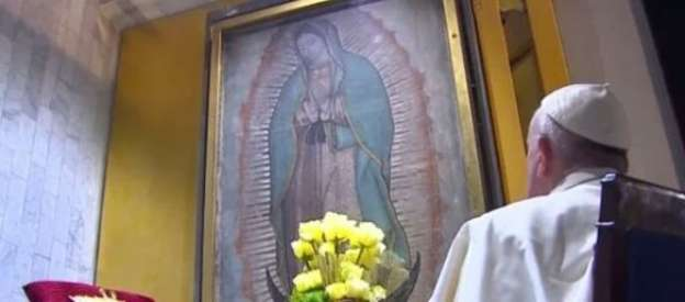 El Papa reza a solas con la Virgen de Guadalupe