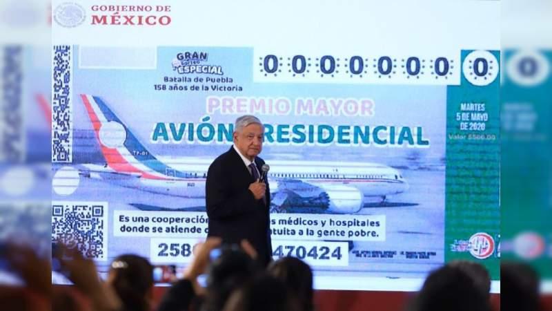 """AMLO comprometerá a empresarios con la compra de 2 mil millones de pesos en boletos para """"rifa del avión"""""""