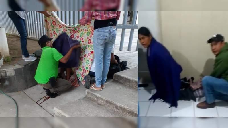 En 10 días, dos mujeres indígenas dan a luz en el piso de hospitales operados por el gobierno de Michoacán
